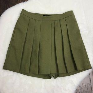 Ann Taylor Petite 00P Drapey Olive Pleated Skirt